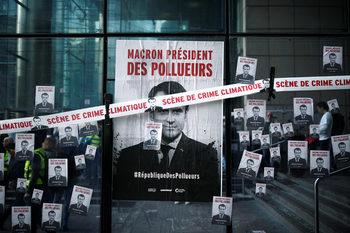 """Стотици екоактивисти протестираха край Париж срещу """"Републиката на замърсителите"""""""
