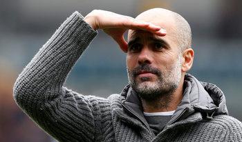 """Гуардиола: """"Сити"""" ще води пред """"Ливърпул"""" преди последния кръг"""