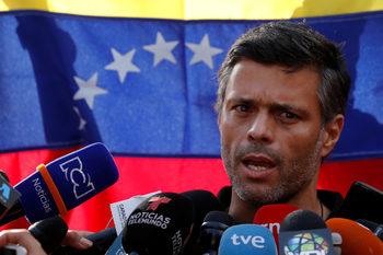 Испания отказа да предаде опозиционера Леополдо Лопес на властите във Венецуела