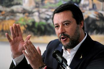 """Салвини събира крайнодесни партии на митинг за """"Европа на здравия разум"""""""