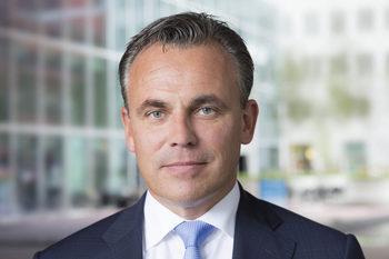 Холандски министър подаде оставка, заради нерегистрирани престъпления от кандидати за убежище