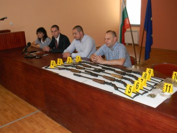 Разкриха нелегална работилница за огнестрелно оръжие в Пордим