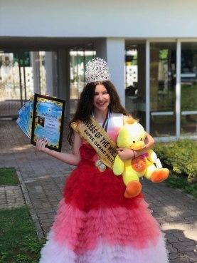 Плевенско дете обра наградите в международен конкурс за красота и талант
