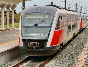БДЖ въвежда предварителна продажба на билети за влаковете през летния сезон