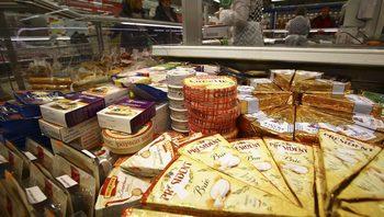 Путин удължи забраната за внос на храни от ЕС до края на 2020 г.