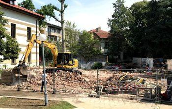 Кмет на Пловдив подаде два сигнала в прокуратурата заради унищожения паметник на културата