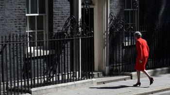 Кой ще реши съдбата на Брекзит: започва битката за поста на Мей