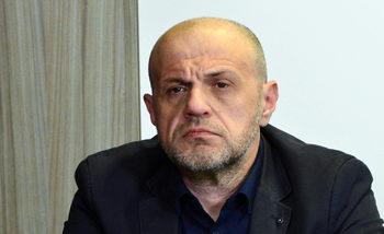Намаляването на партийната субсидия и ДДС да се обсъжда в пакет, предлага Дончев