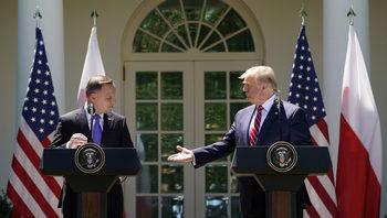 Тръмп увечили с 25% американските военни, разположени в Полша