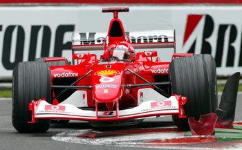 Легендарен болид на Шумахер ще бъде продаден на търг в Абу Даби