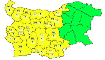Жълт код за валежи и бури в 19 области