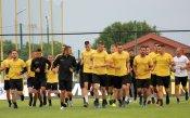 Треньорът на Ботев Пд вдигна мерника на Карачанаков