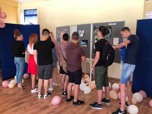 Ученици от НАГ подкрепиха възраждащото се в Габрово читалище