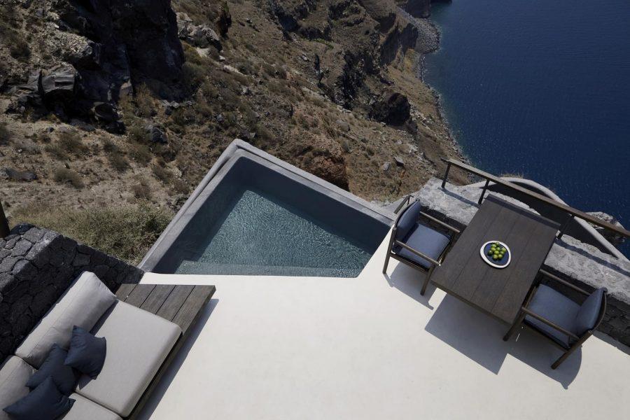 Да избягаш от реалността: Бутиков хотел Vora Villas в Санторини, Гърция