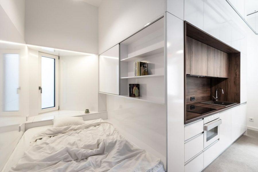 Малко студио със семпъл, но функционален интериорен дизайн [30 м²]