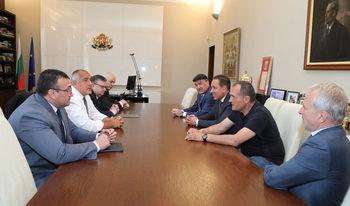 """Най-четеното в """"Дневник"""": Срещата на Борисов с футболните шефове"""