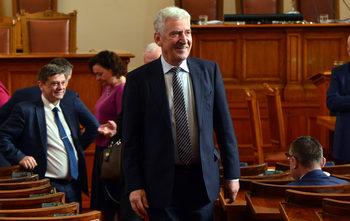 ГЕРБ вижда в атаката срещу шефа на антикорупционната комисия план за отслабване на институциите
