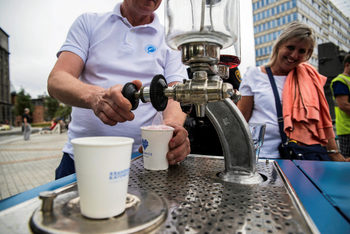 Газирана вода със сироп от машинка – полски град се отказва от бутилките