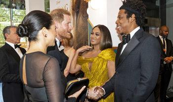 """Фотогалерия: Кралска премиера за """"Цар Лъв"""" в Лондон"""