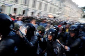 Имитацията на Кремъл се изчерпа, пуснат е валякът на репресиите