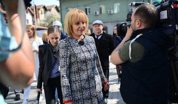 Присъствието на медии не позволи на Мая Манолова да критикува ГЕРБ