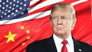 Тръмп отлага митата върху китайските лаптопи и смартфони за декември