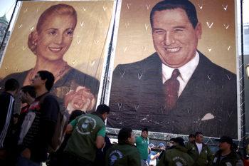 Сянката на Перон отново надвисва над аржентинската политика