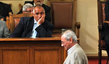 Защо премиерите в Източна Европа стават несменяеми