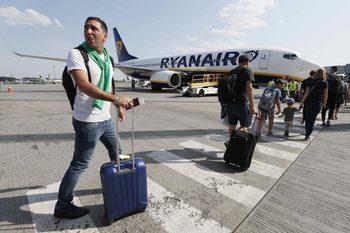 """""""Райънер"""" се изправи пред стачки на пилоти и стюардеси в няколко държави"""
