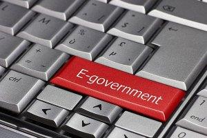 Три електронни услуги пуска държавата за местните избори