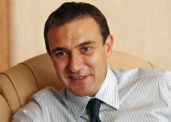 Кандидати на БСП за съветници във Варна се отказват, ако Борислав Гуцанов не води листата