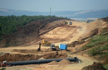 """""""ПСТ Груп"""" ще строи част от скоростния път Видин-Ботевград за 10 млн. лв. на километър"""