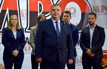 Каракачанов: България не трябва да позволи преговори за влизане на Северна Македония в ЕС