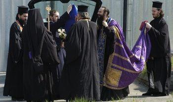 Синодът напомни на свещениците, че не могат да се кандидатират за кметове