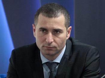 КПКОНПИ видя конфликт на интереси при бившия шеф на БЕХ Петьо Иванов