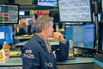 Първите финансови отчети на Уолстрийт повдигнаха духа на инвеститорите