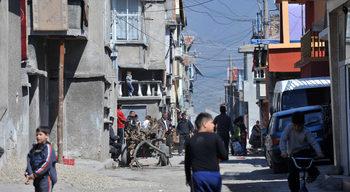 Политиците в парламента не коментират ромските страхове за децата