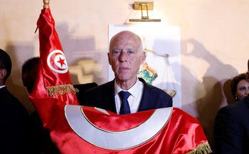 """""""Робокоп стана президент"""" – тунизийците наказаха политиците си"""