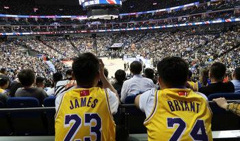 НБА се притеснява от огромните загуби след скандала с Китай