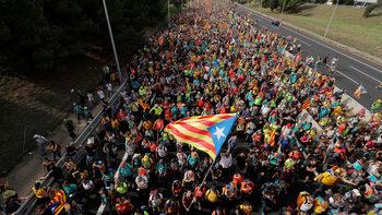 Фотогалерия: Стачка и протест блокираха Каталуня