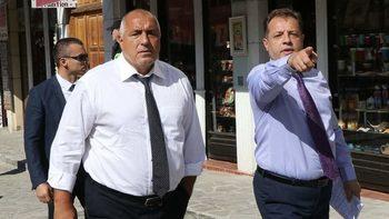 Според ЦИК возенето на кандидати в джипа на Борисов може да е нарушение