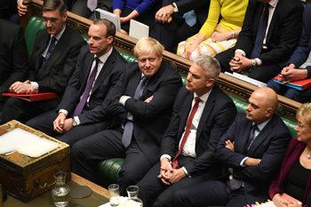 """Брекзит до безкрай: Какво предстои след """"супер съботата"""" и провала на Джонсън"""