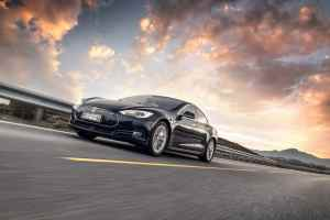 Гумите на електромобилите се износват по-бавно от тези на колите с ДВГ