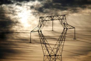 Електроенергията на борсата поевтиня с 30% от началото на ноември