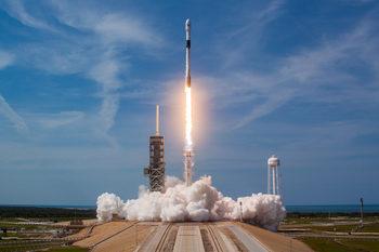 SpaceX изстреля и приземи ракета четирикратно