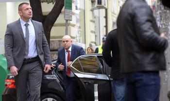 Повтореният избор на Гешев отново пътува към президента
