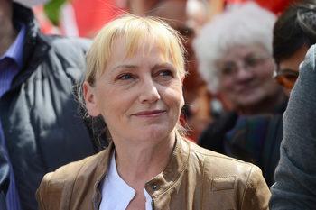 Прокуратурата стигна Елена Йончева и в Европарламента