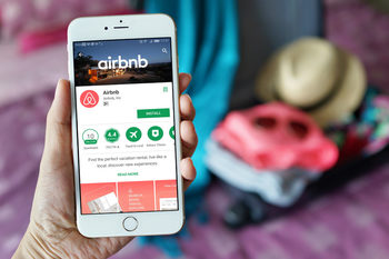 Вечерни новини: Компании се обявиха срещу проекта за Airbnb; САЩ ще намалят разходите си за издръжката на НАТО