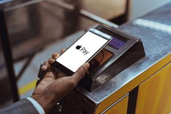 Кой кой е при дигиталните портфейли в България