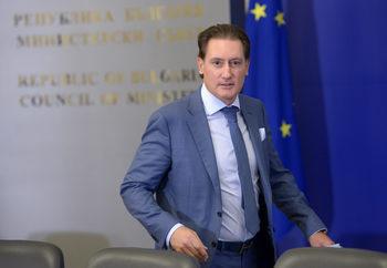 Домусчиев ще трябва да плати 52 млн. лв. неустойка за приватизацията на БМФ